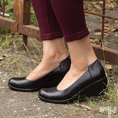 کفش لژ دار طبی